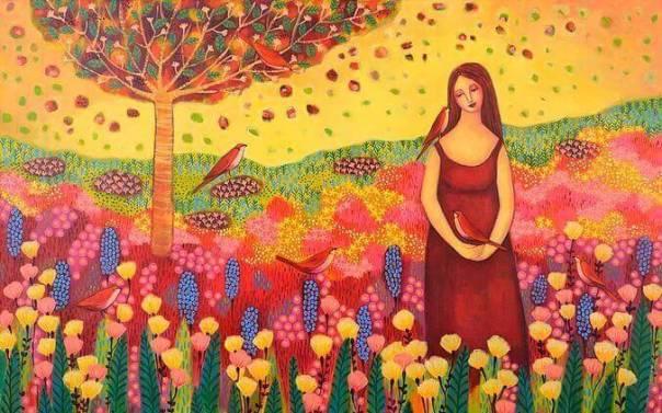 Mujer en el campo feliz