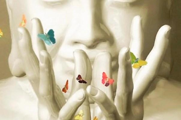 Buda con mariposas