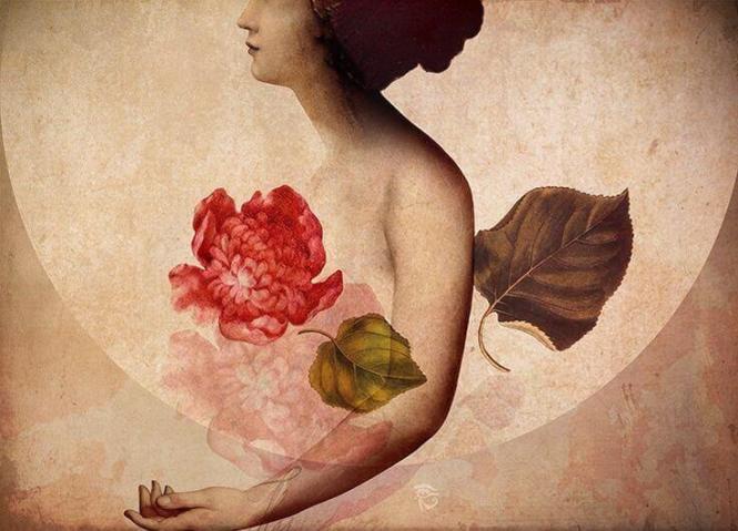 mujer-con-una-flor-en-el-corazon