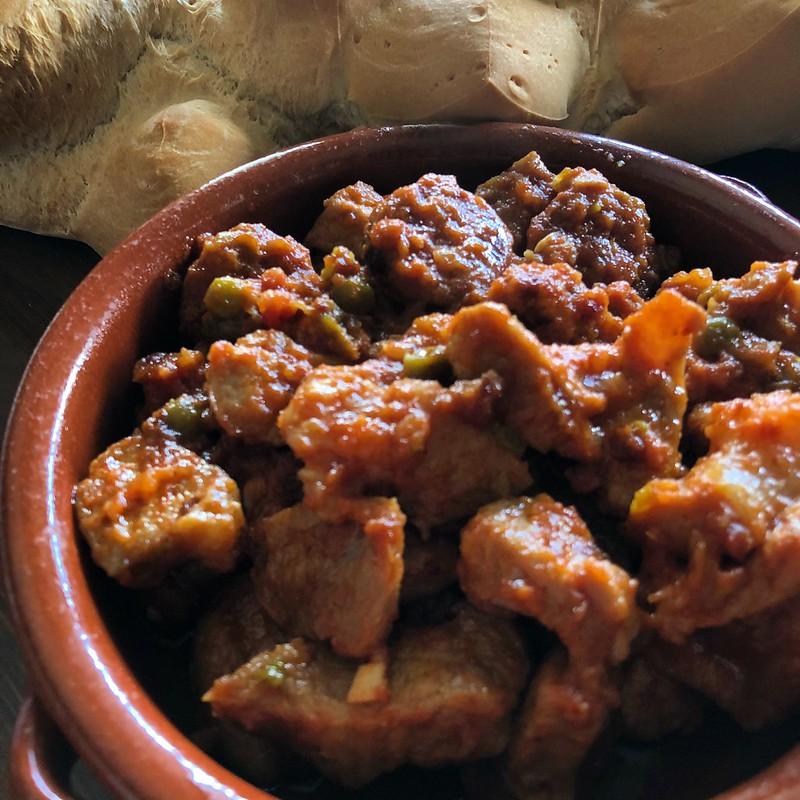mesa-habla-carcamusas-gastronomia-castilla-mancha