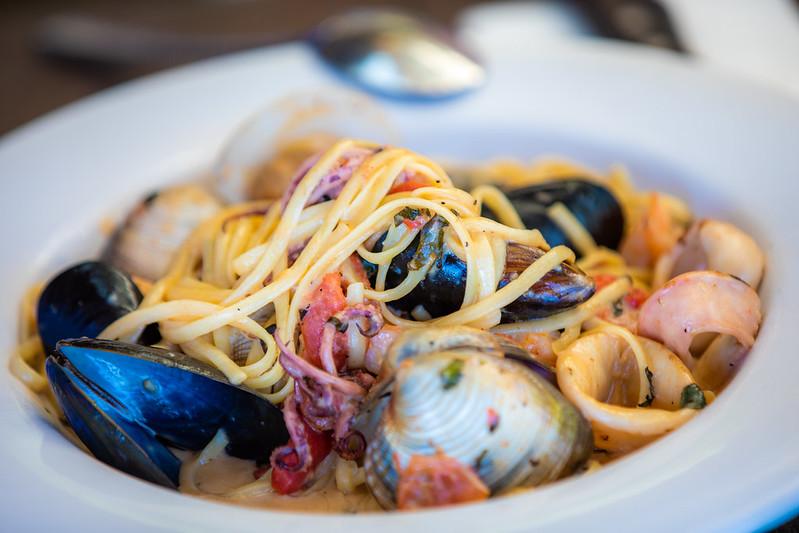 mesa-habla-espaguetis-marinera
