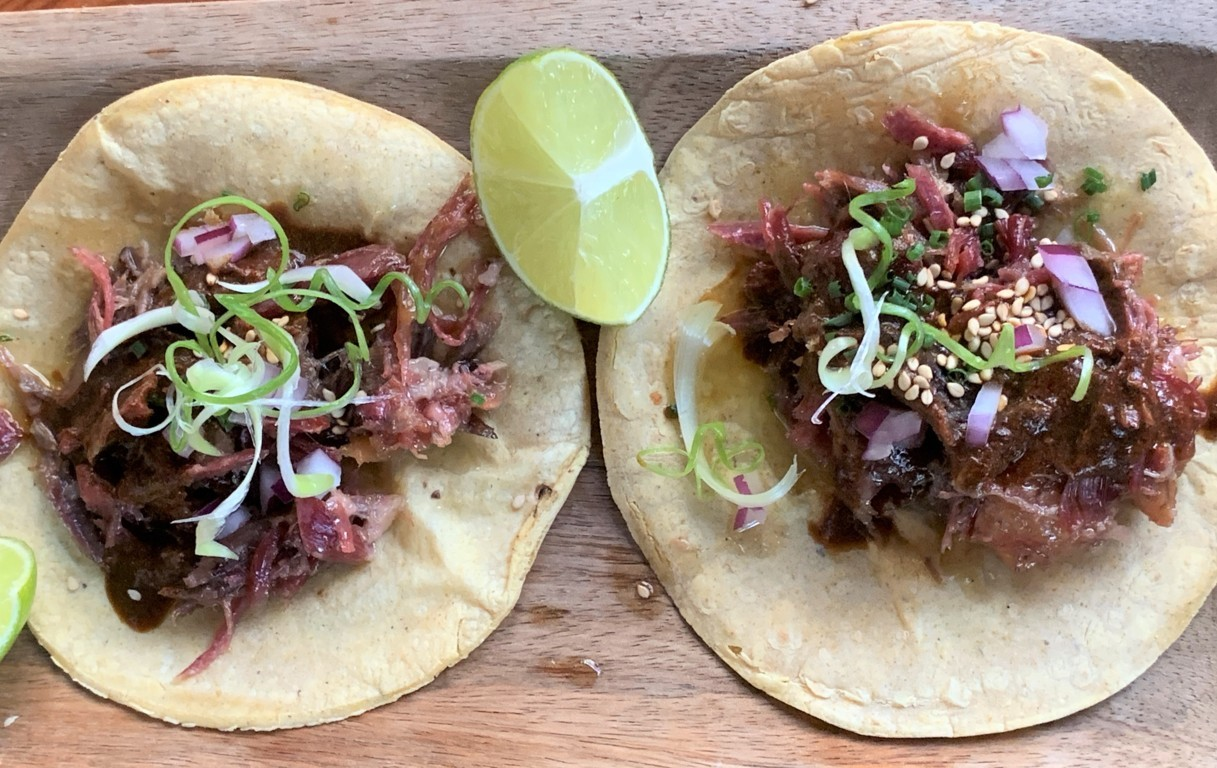 mesa-habla-andele-ponzano-tacos-pato