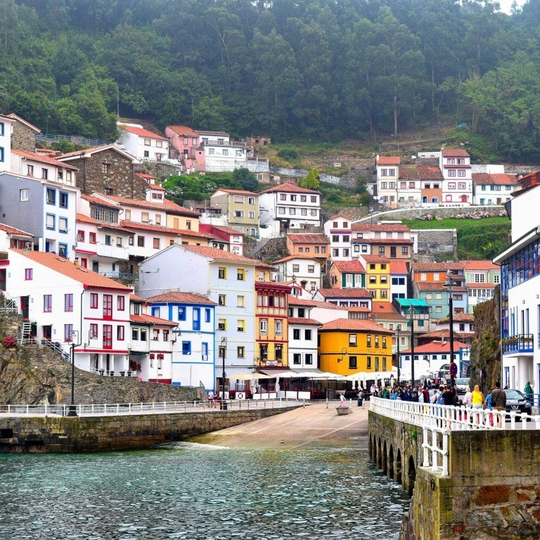 mesa-habla-cudillero-asturias