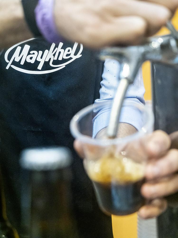 mesa-habla-sabores-primarios-gusto-cerveza-chocolate-maykhel