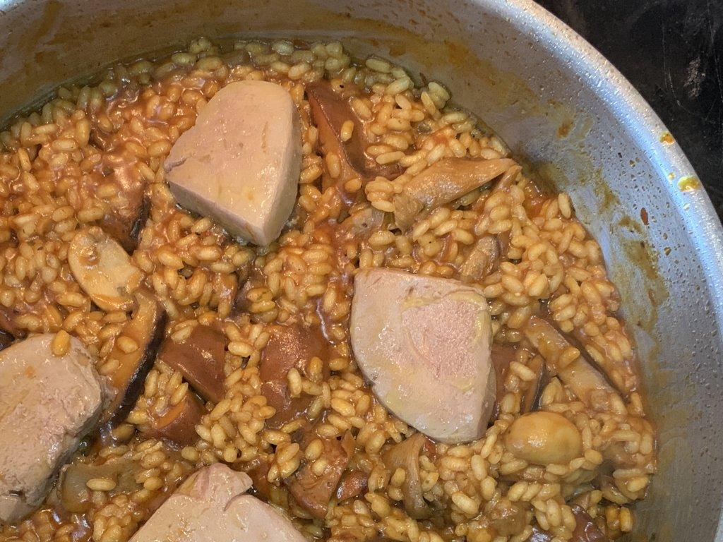 mesa-habla-arroz-meloso-setas-foie 13