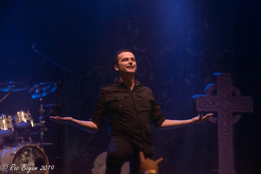 Hansi Kursch Demons & Wizards Live