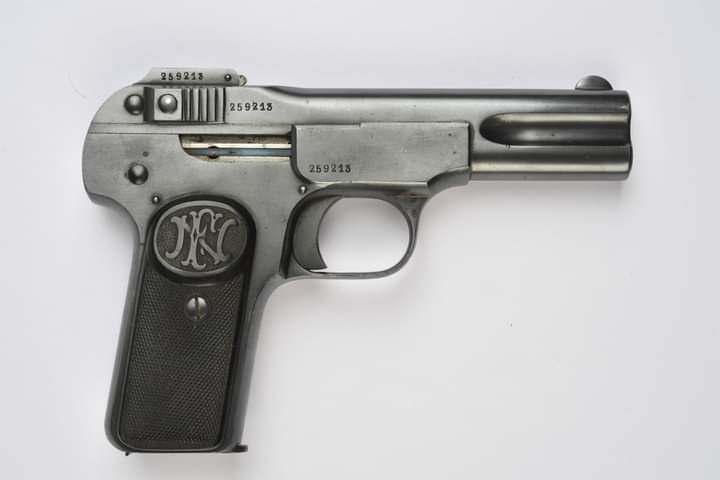 Histoire du Browning 1900