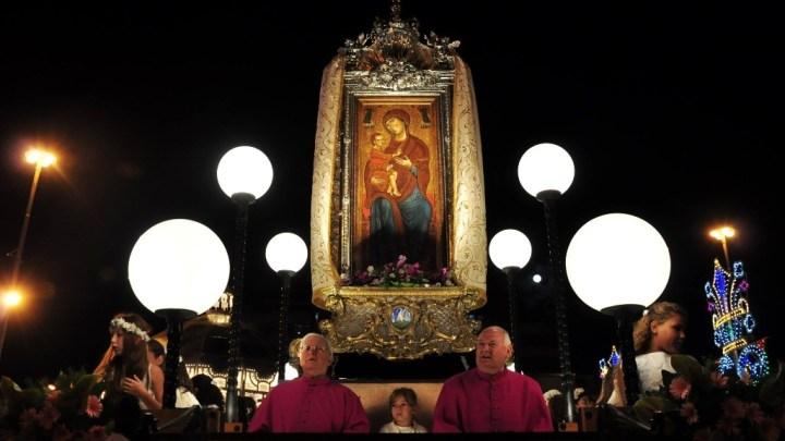 Cerignola: La Madonna di Ripalta ogni festa patronale si porta via – Storia, Leggende e riti.