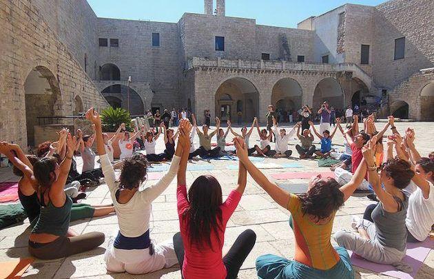 Yoga Fest compie dieci anni: il 28 e 29 Settembre al Castello di Barletta