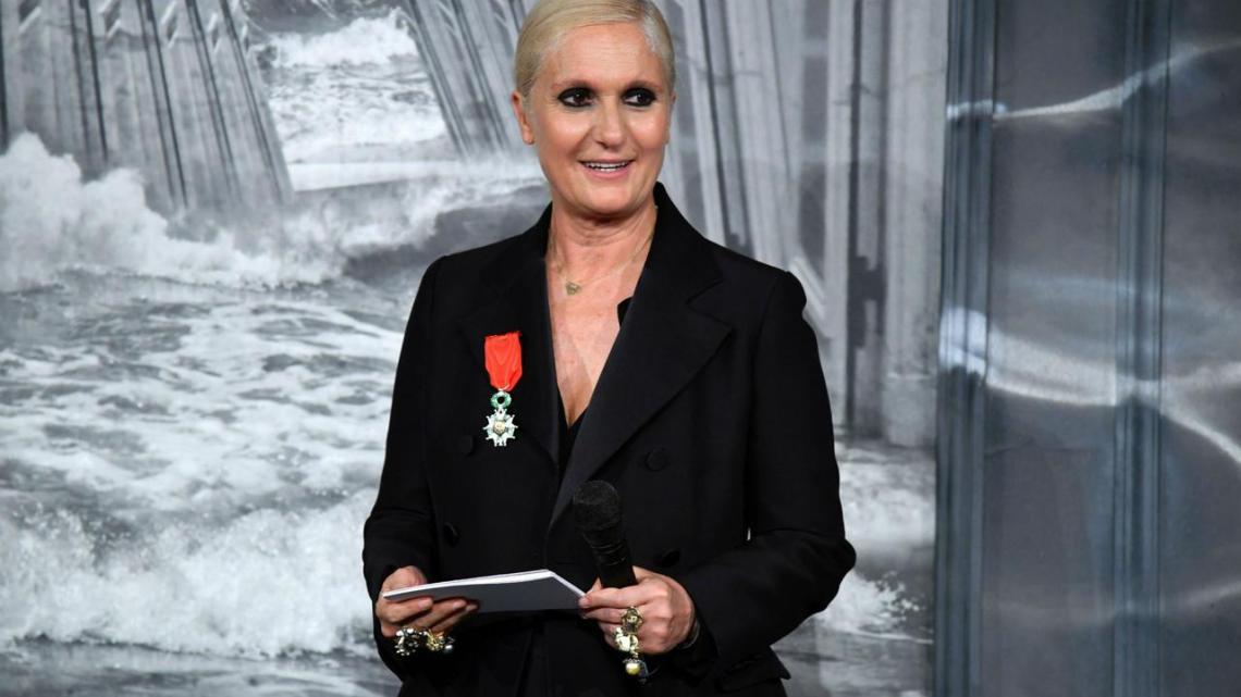 """Chi è Maria Grazia Chiuri, la stilista che ha """"portato"""" Dior a Lecce"""