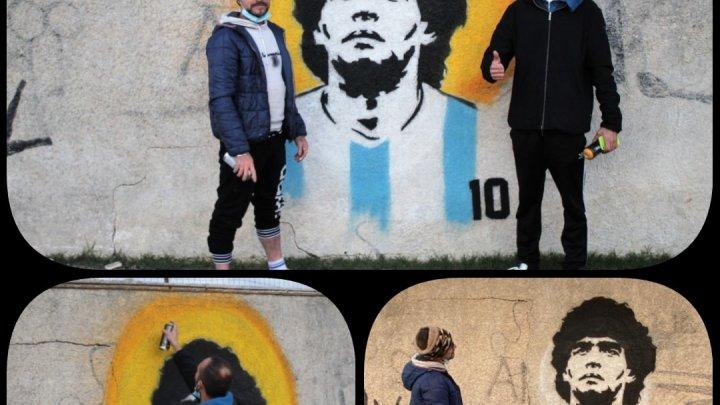 Cagnano Varano (Fg): lo street artist Paolo Di Cataldo realizza un murales in omaggio a Diego Maradona