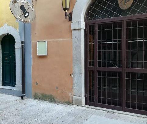 Il Caffè del Conte di Cerignola (Fg), fine anni Ottanta: la sfida culturale di Mario Palmiotta