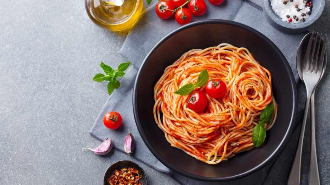 """Spaghetti all'assassina: il titolo dell'episodio di """"Lolita Lobosco"""" richiama la tipica ricetta barese"""