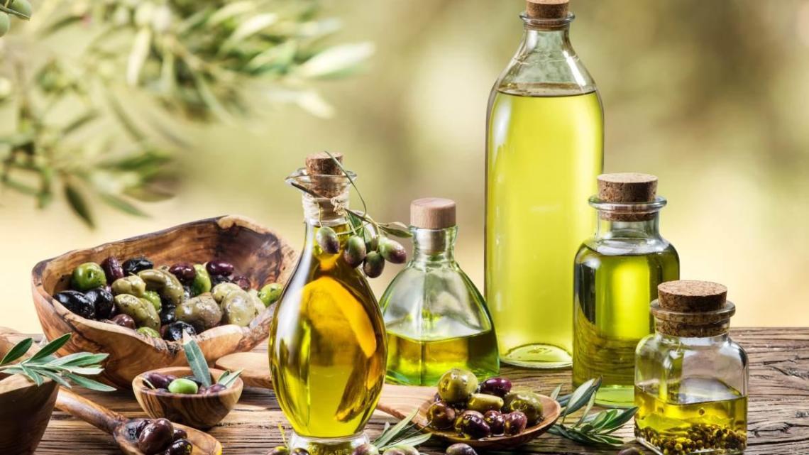 Come conservare l'olio d'oliva: dieci regole da seguire