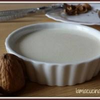 Salsa alle noci senza lattosio, ricetta veloce