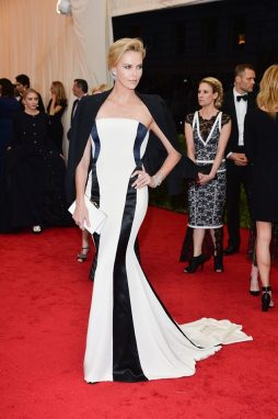 MET GALA 2014 - Charlize Theron in Christian Dior