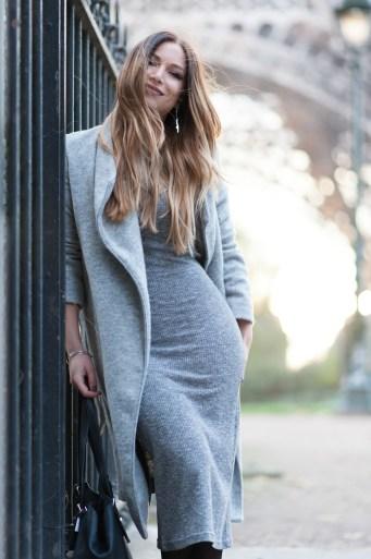 robe midi en maille grise stradivarius