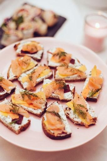 toast nordics poppys cafe paris