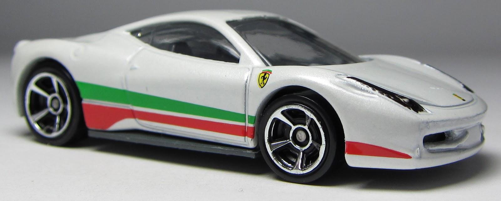 Lamley group model of the day 2012 hw ferrari 458 italia in white hot wheels ferrari 458 italia 2012 version vanachro Image collections
