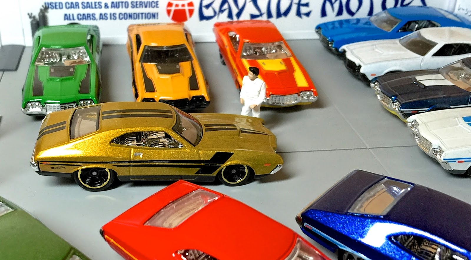 first look 2015 hot wheels 72 ford gran torino sport 9 pack exclusive