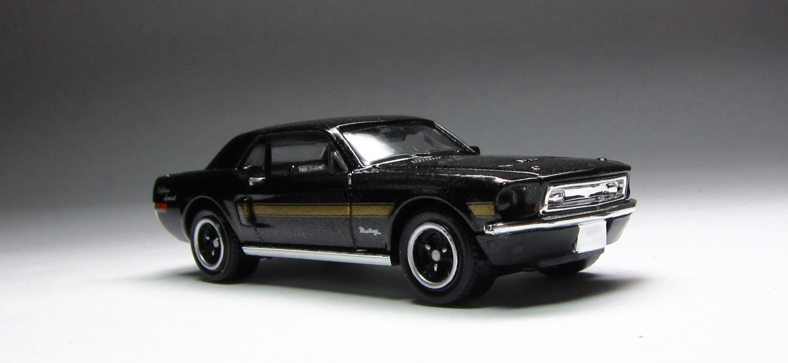 First Look 2015 Matchbox 68 Ford Mustang Gt Cs In Black California Special Has Taken A Delicate Approach To Their Beloved It Seems After Few Stock Examples Are Made New Designs Come