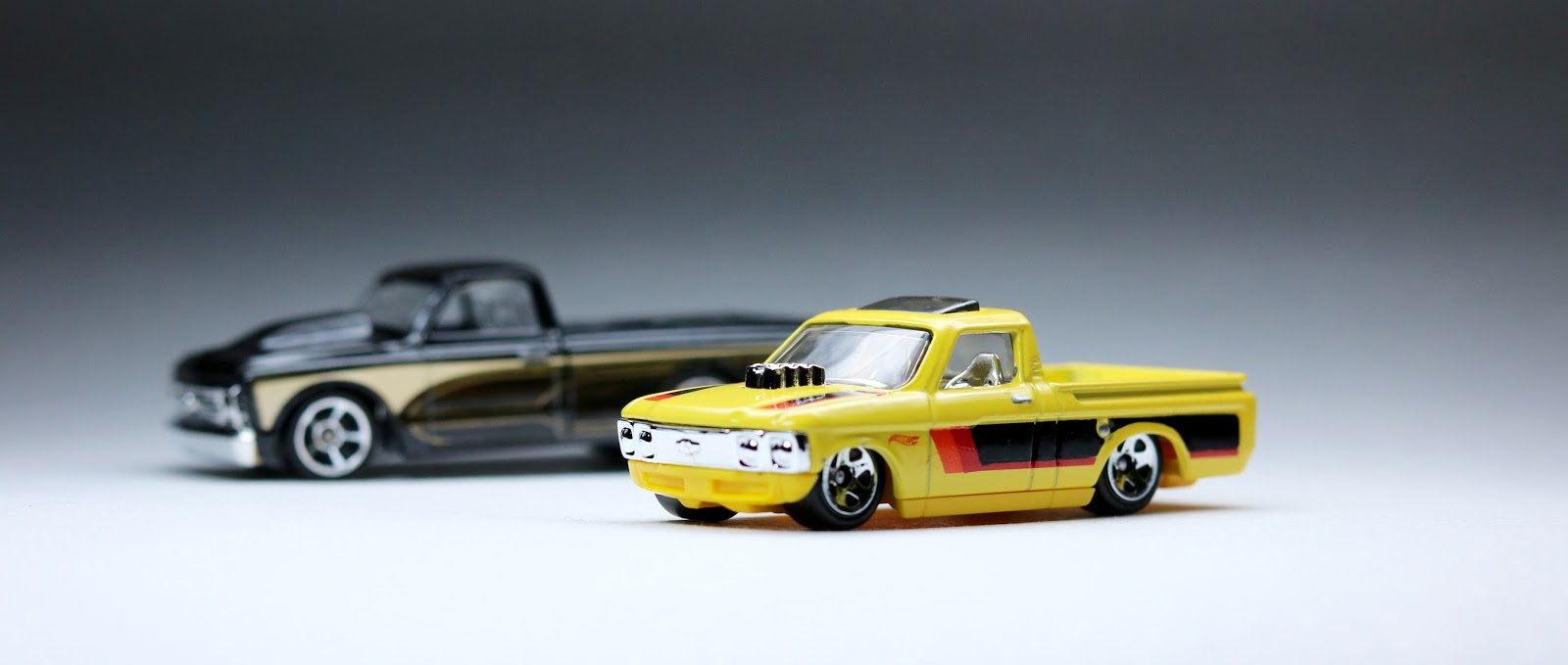First Look: 2016 Hot Wheels Custom \'72 Chevy LUV and \'67 Chevy C10 ...