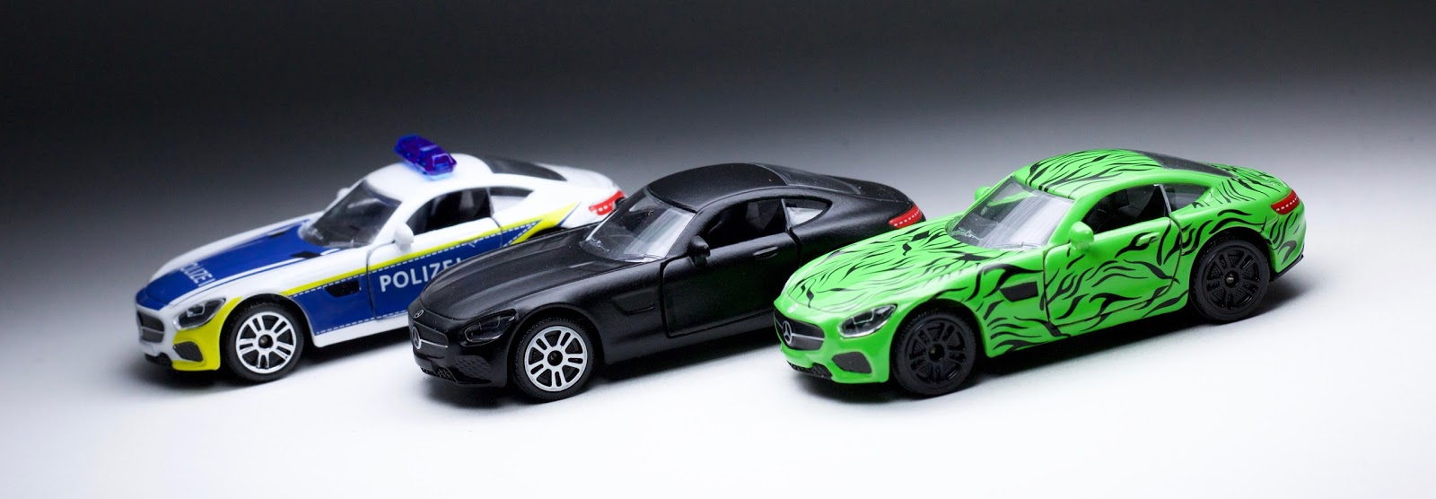 Majorette dedicates an entire 5 pack to one casting might for Hot wheels mercedes benz