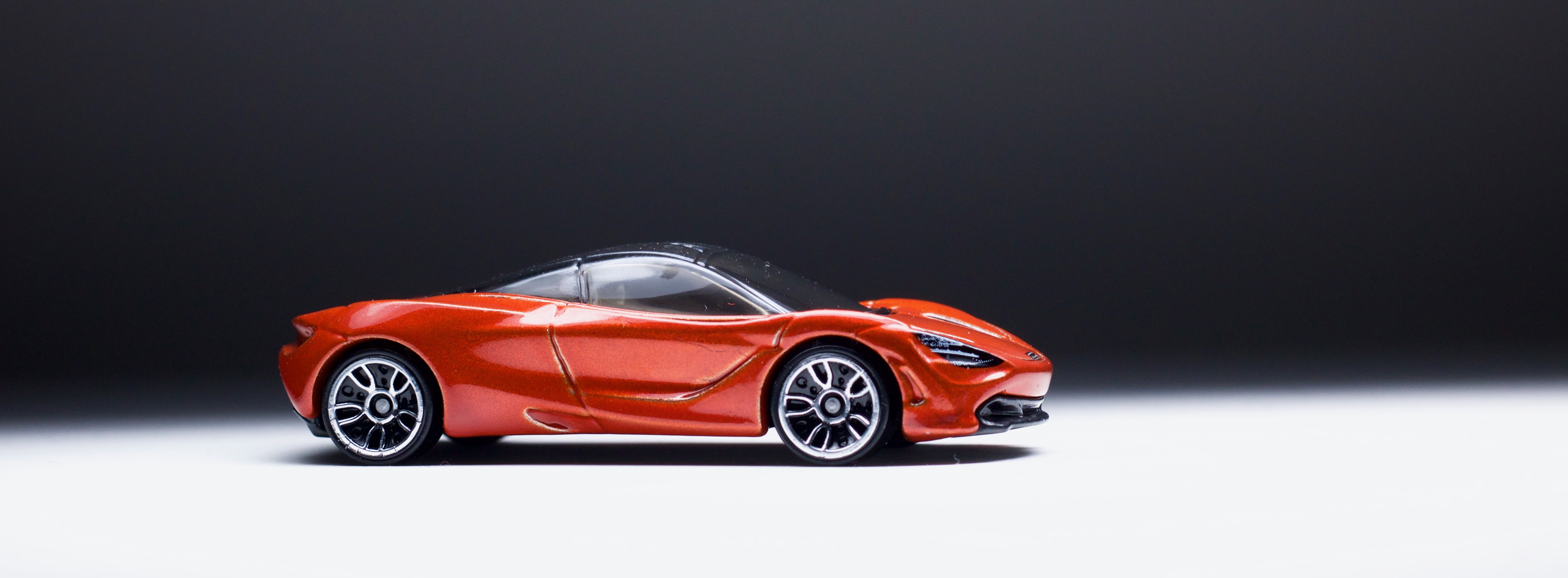 Im Just Not Feeling The New Hot Wheels Mclaren Tiburon I Mean 720s Hw Mc Laren Its A Cab Forward But See First Gen It Is Mainly Because Of That Thick Backside Strangely What Came To Mind Time