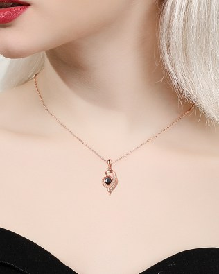"""I Iove you""100 Language Love Shape Necklace Rose Gold"