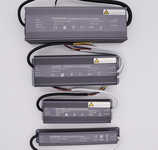 LED Trafo 24v - Schutzarzt IP67 wasserdicht | Deal
