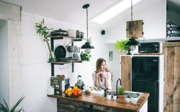 How to Add Kitchen Decor Ideas to Small Spaces