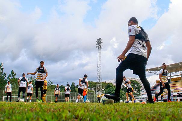 Deportivo Táchira ha venido apretando sus entrenamientos de cara la temporada 2020 del fútbol rentado. (Foto: Genaro Pascalle)