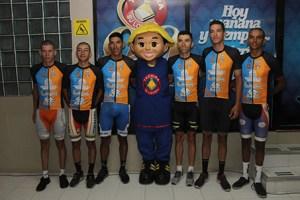 El equipo de Gobernación Táchira-Mérida-Inversiones Alexánder, también será aliado de los loteros en el Giro Andino. (Foto: Johnny Parra)