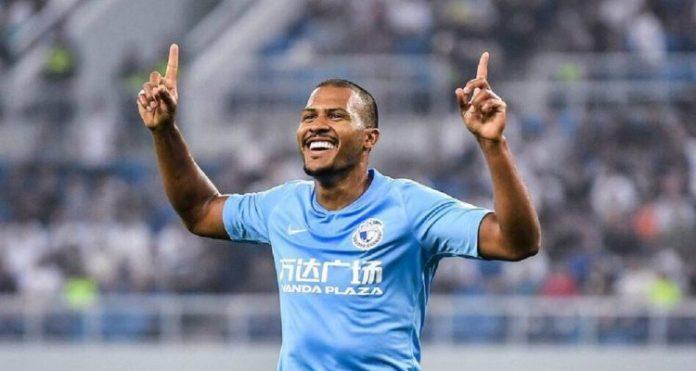 Salomón Rondón llegó a cinco goles en nueva derrota del Dalian Pro