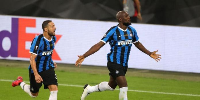 Lukaku estalla contra el FIFA 21 por su mala nota: 'no estoy con esa mier...'