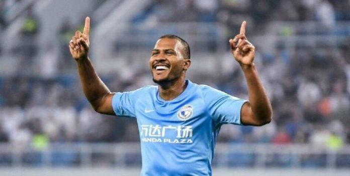 Rondón se afianza como goleador en la Superliga China