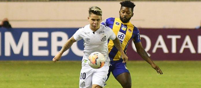 Santos de Soteldo vence 2-1 a Delfín y acaricia los octavos de final