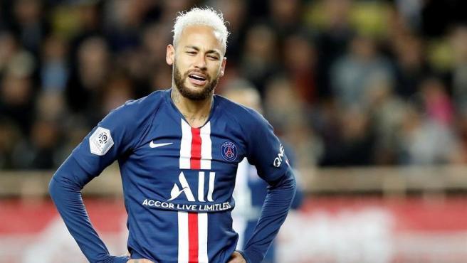 El Barça reclama a Neymar 10 millones de euros que le pagó de más