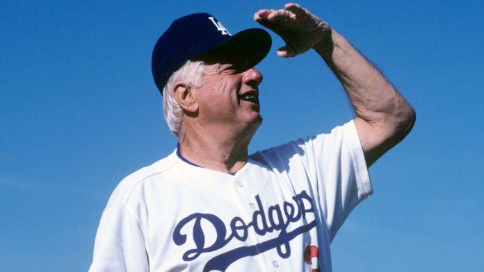 Falleció Tom Lasorda, exmánager de los Dodgers, a los 93 años