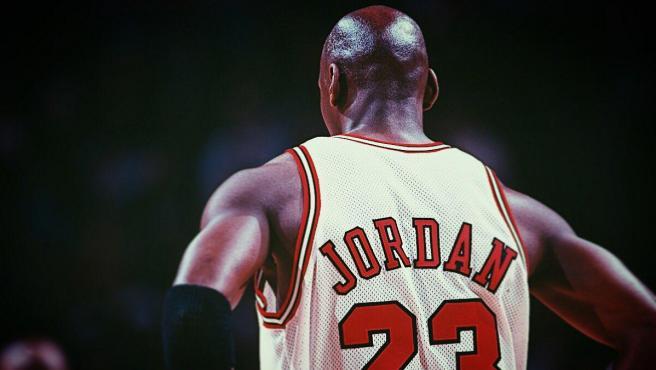 """""""Michael Jordan era un jugador del montón y en Europa promediaría 16 puntos por partido"""