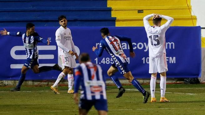 Los desastres coperos del Real Madrid y sus cinco batacazos ante equipos de Segunda B