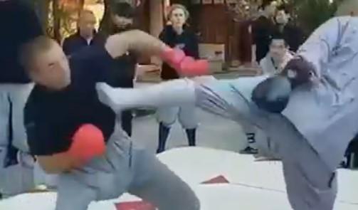 Esta patada de un monje Shaolin a un ex luchador de UFC hace furor en las redes