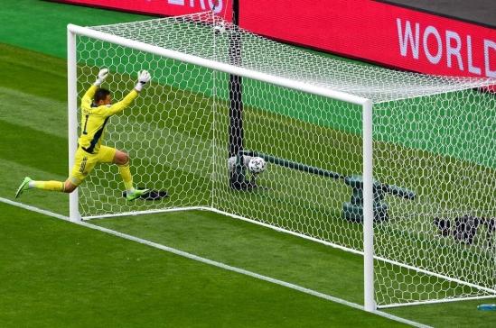 Candidato al mejor gol de la Eurocopa: así fue el segundo tanto de Schick en el Escocia – República Checa