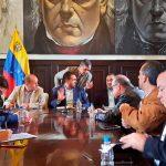 Reunión_oficialismo y oposicion