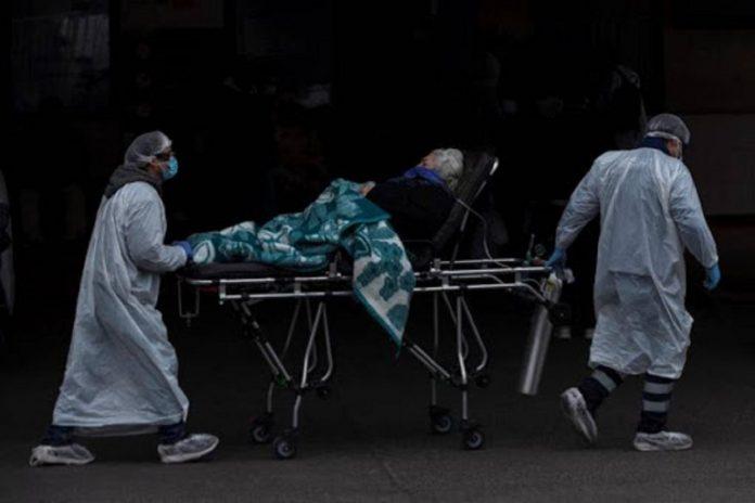 Chile roza los 70 mil casos y Piñera dice que el sistema hospitalario está cerca del límite