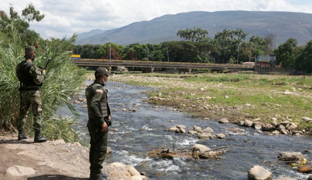 Así fue que reforzaron la vigilancia en trochas desde el lado colombiano