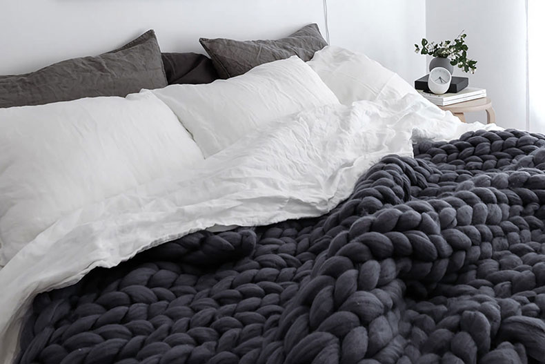 Knitted wool blanket