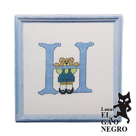 bordado osito azul letra H