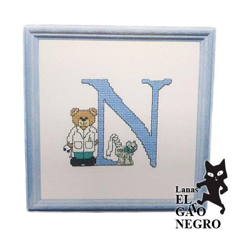 bordado osito azul letra N