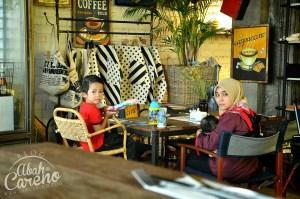 Myth Espresso Bar, Cafe Hipster Eclusive di Lobby Hotel